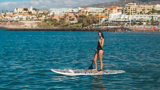 watersports-tenerife-paddel-woman