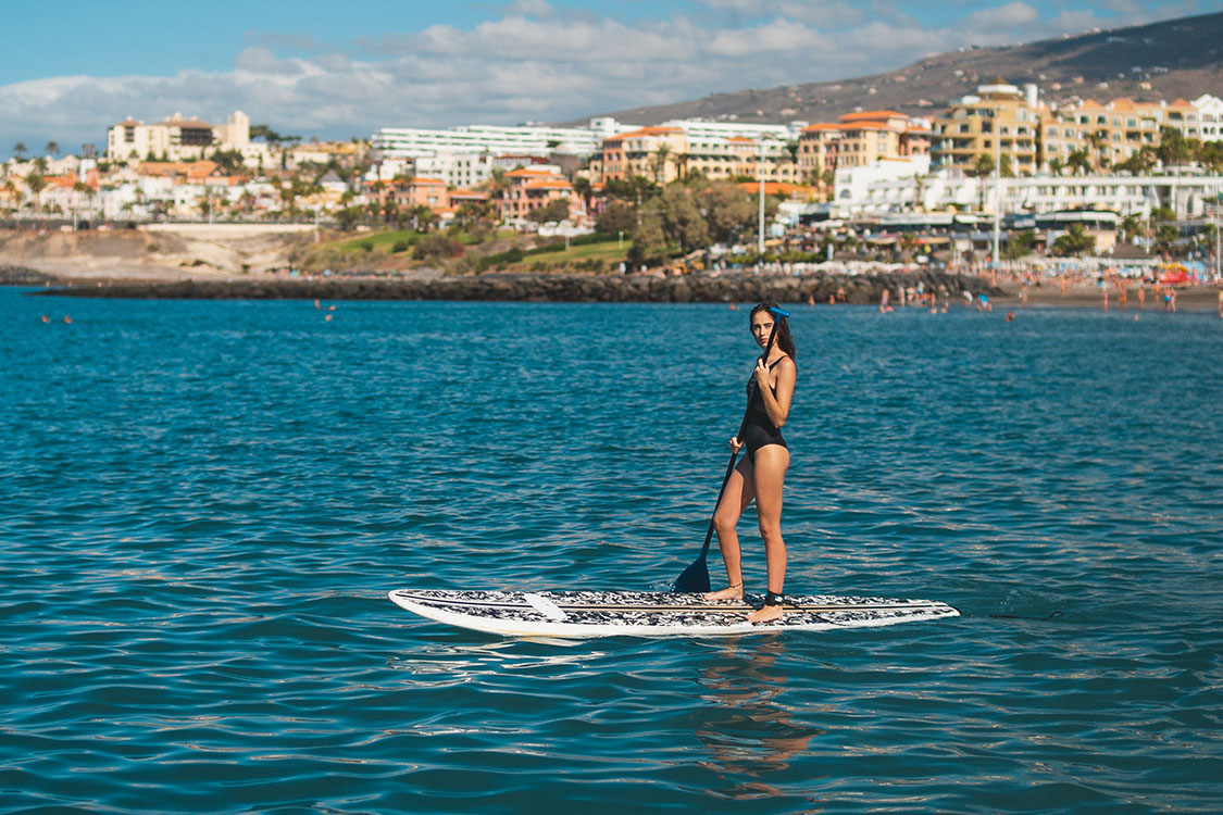 watersports-tenerife-paddel-woman