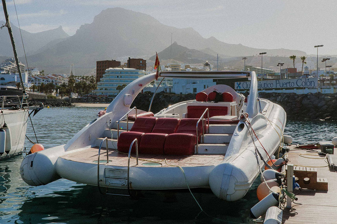 watersports-tenerife-sailing-opera-boat-in-port